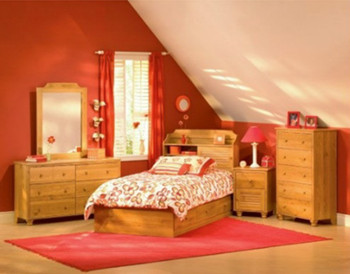 Comfortable and practical bedroom design-2