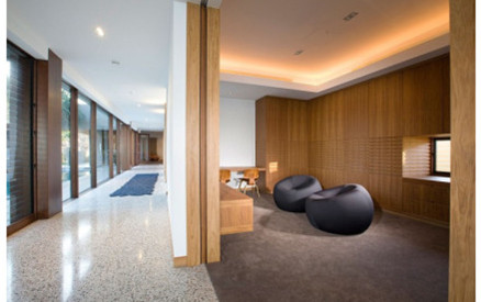 Deluxe wood renovated hotel design-2