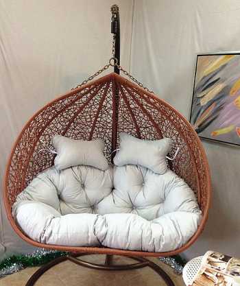 Nest hanging rattan chair